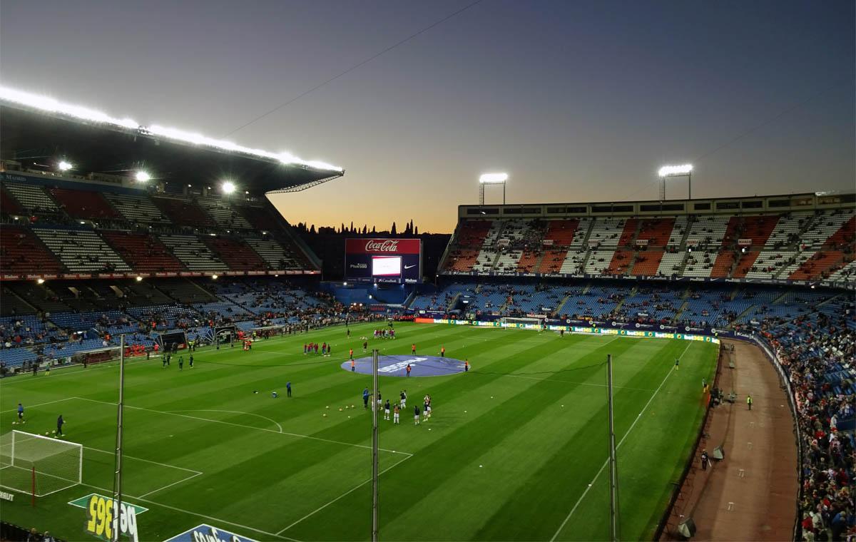Blaue Stunde im Calderón