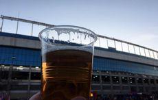 Stadionbier vor dem Spiel