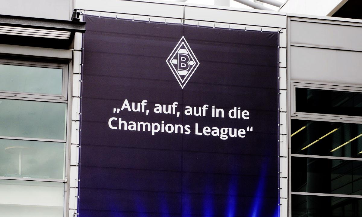 Bild: Plakat Auf auf auf in die Champions League