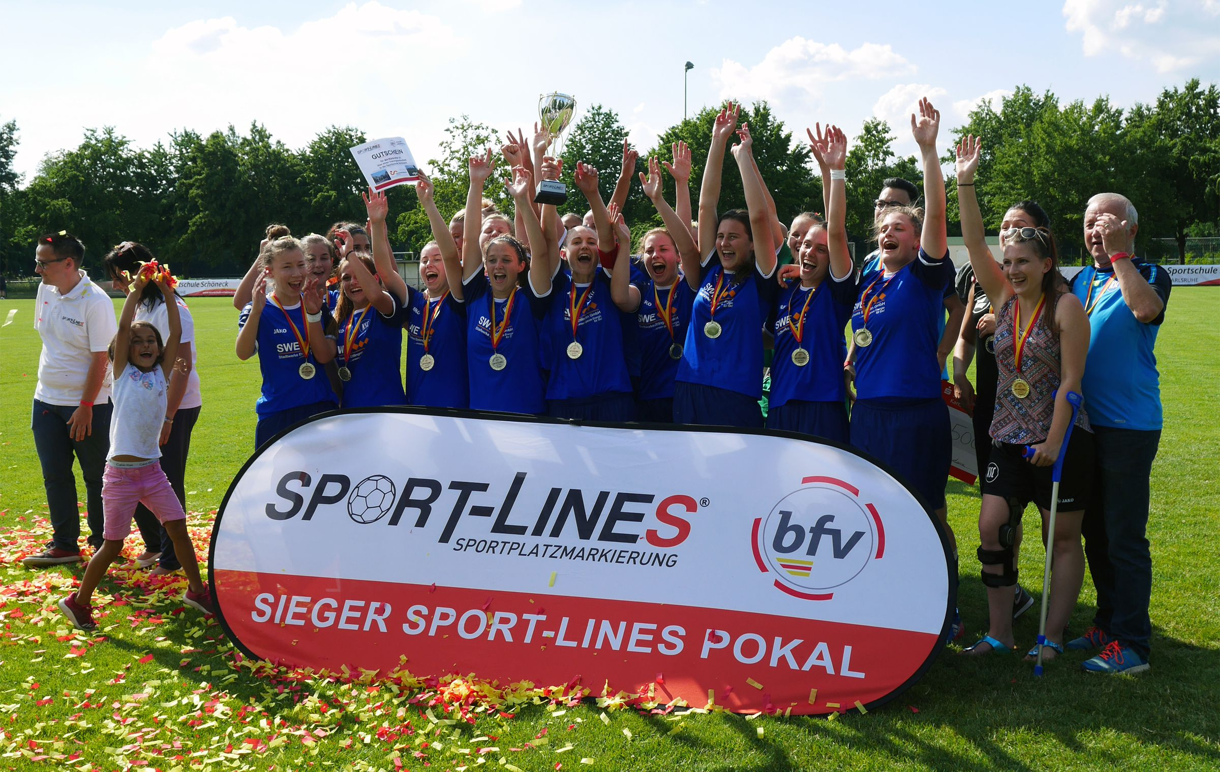 So sehen Siegerinnen aus! Glückwunsch an den Karlsruher SC!