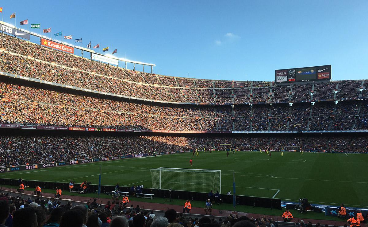Bild: Camp Nou in Barcelona bei Spiel FC Barcelona vs Villarreal CF