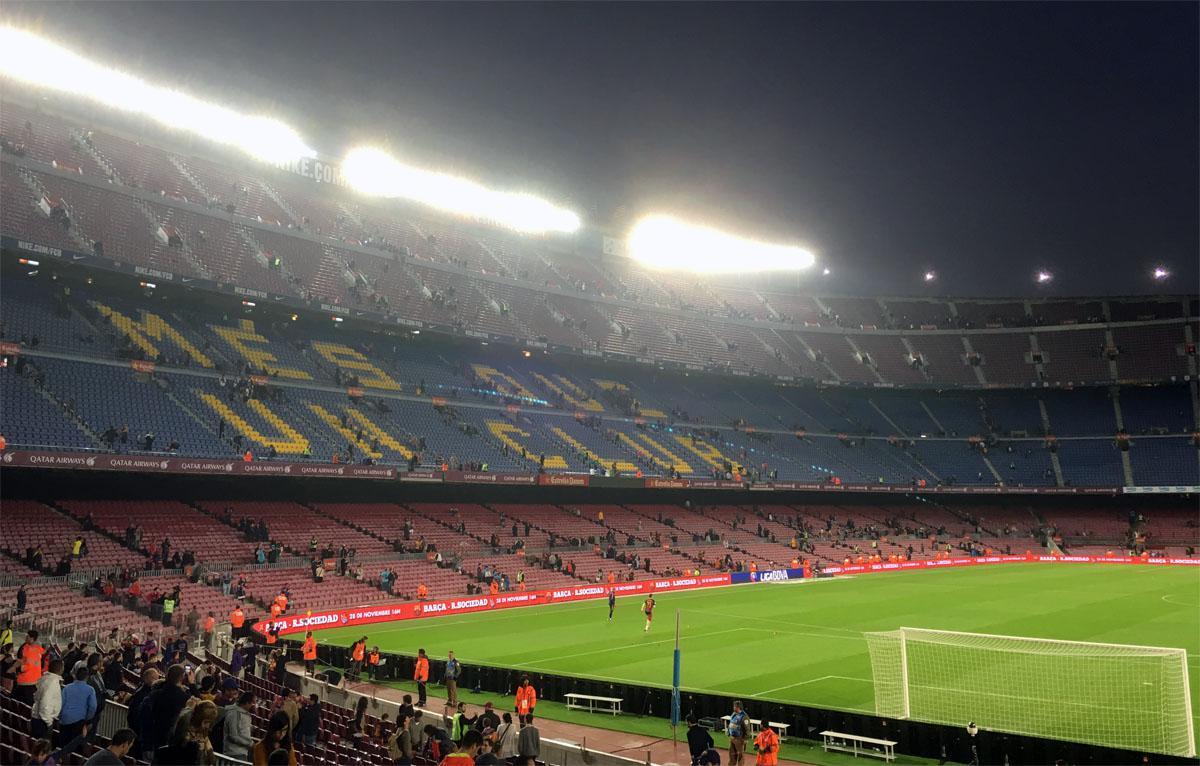 Bild: Camp Nou leert sich nach dem Schlusspfiff