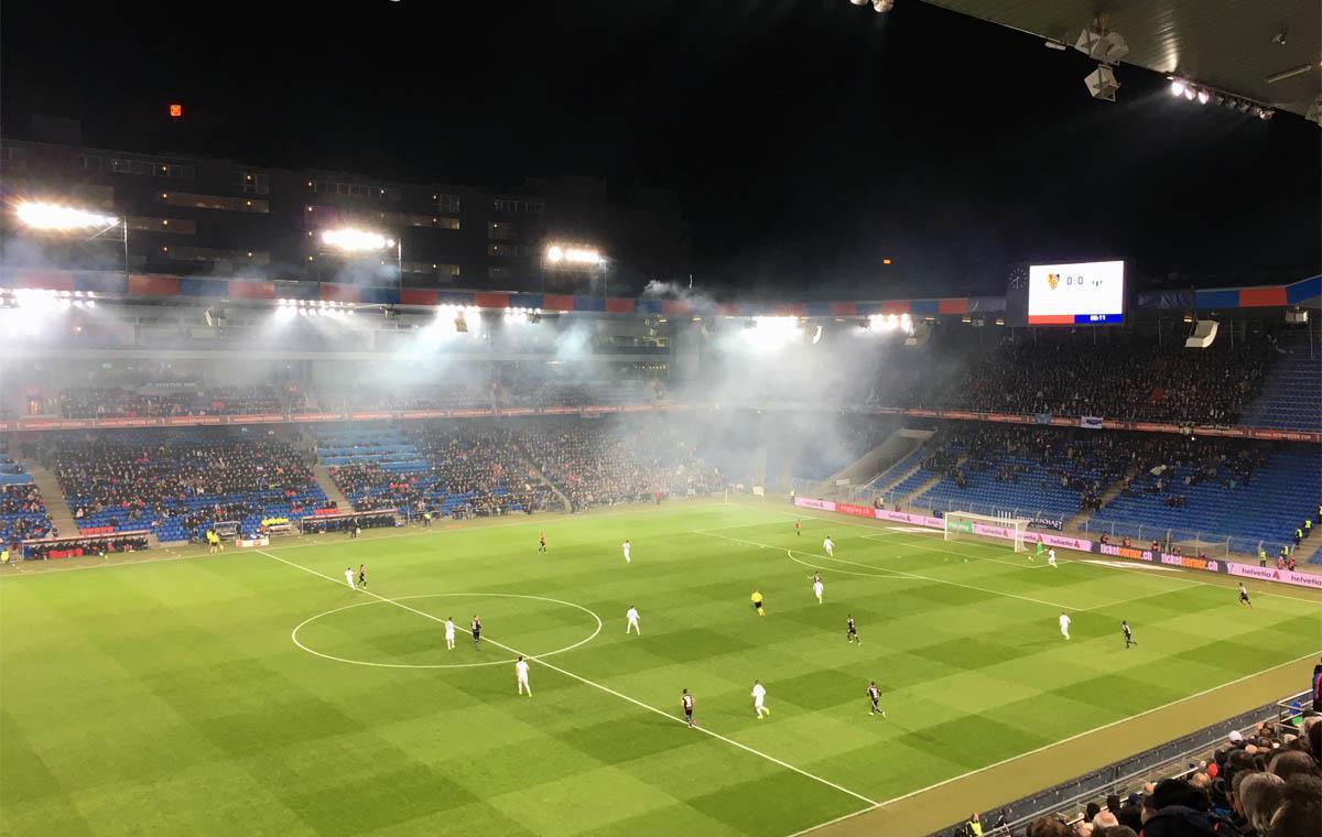 FC Basel vs FC Zürich, Anstoß!
