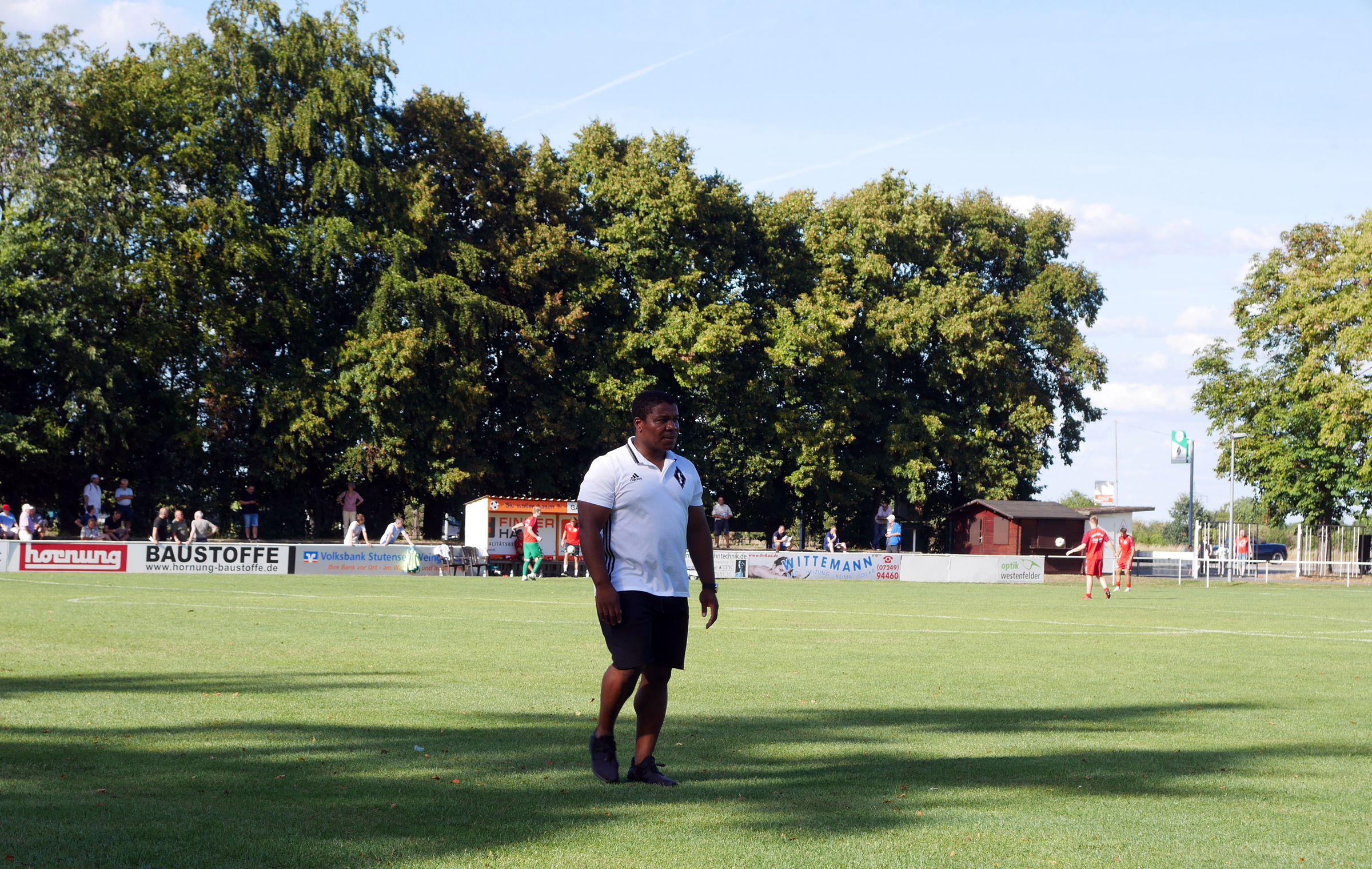 Friedrichstals neuer Trainer Noukiatchom war schon zur Halbzeit bedient…