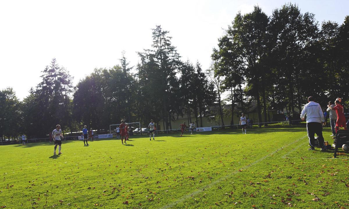 Bild: Stutensee-Stadion, Spielszene