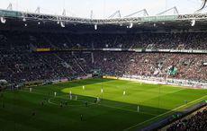 Gladbach vs SGE 3:0, Anstoß