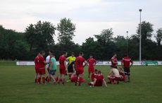 Enttäuschte Jöhlinger nach dem Spiel…