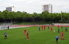 Jubiläumssportfest: Karlsruher FV vs FC West 1:2
