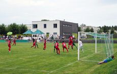 Kirchfelder Angriffe–rechts unten im Bild einer der gefährlichen Kirchfelder Ultras…
