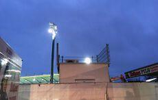Dämmerung über der Stadionbaustelle…