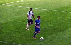 Moritz Stoppelkamp beim Testspiel KSC vs Derby County