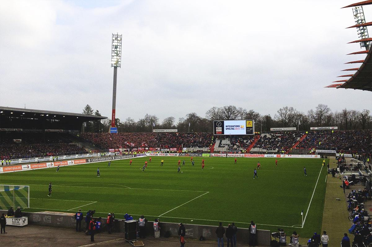 Bild: KSC vs FCK am 22. März 2015