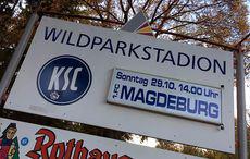Spielankündigung am Wildpark.