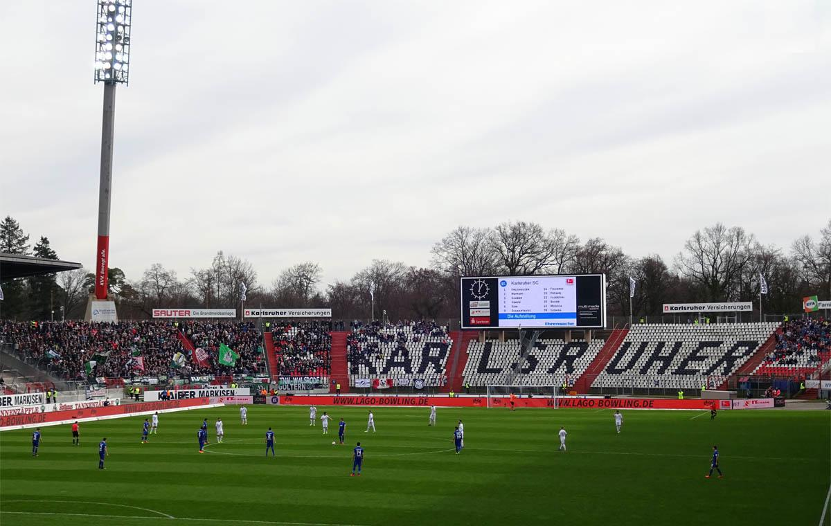 KSC vs Hannover 96, Anstoß