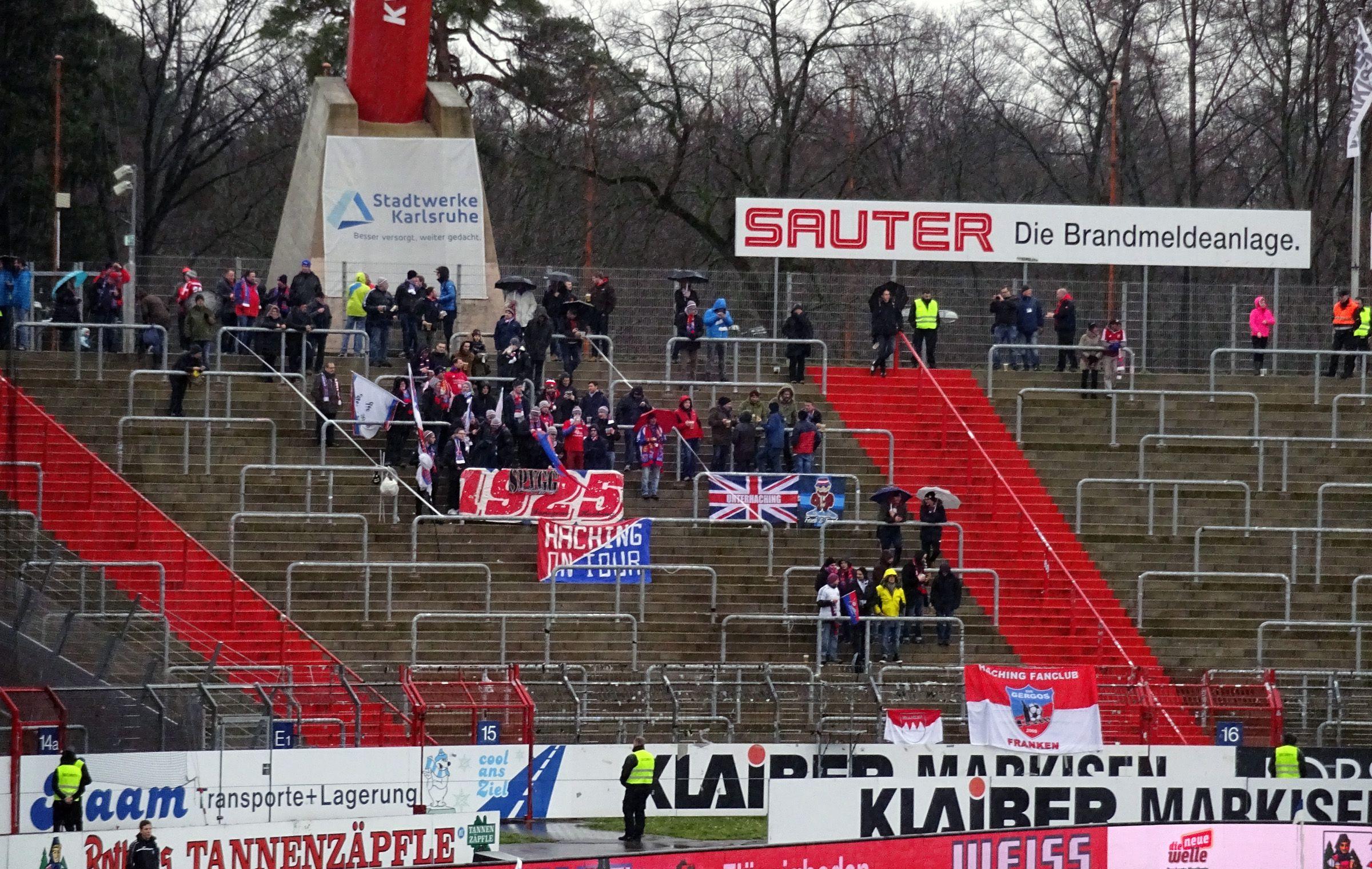 150 Fans der SpVgg im Gästeblock