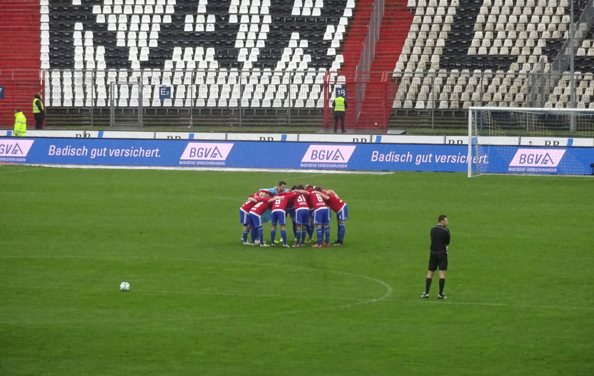 The Huddle - Unterhaching