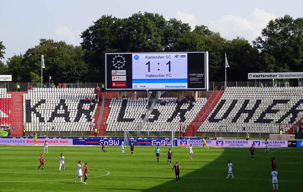 Endstand: KSC vs Hallescher FC 1:1