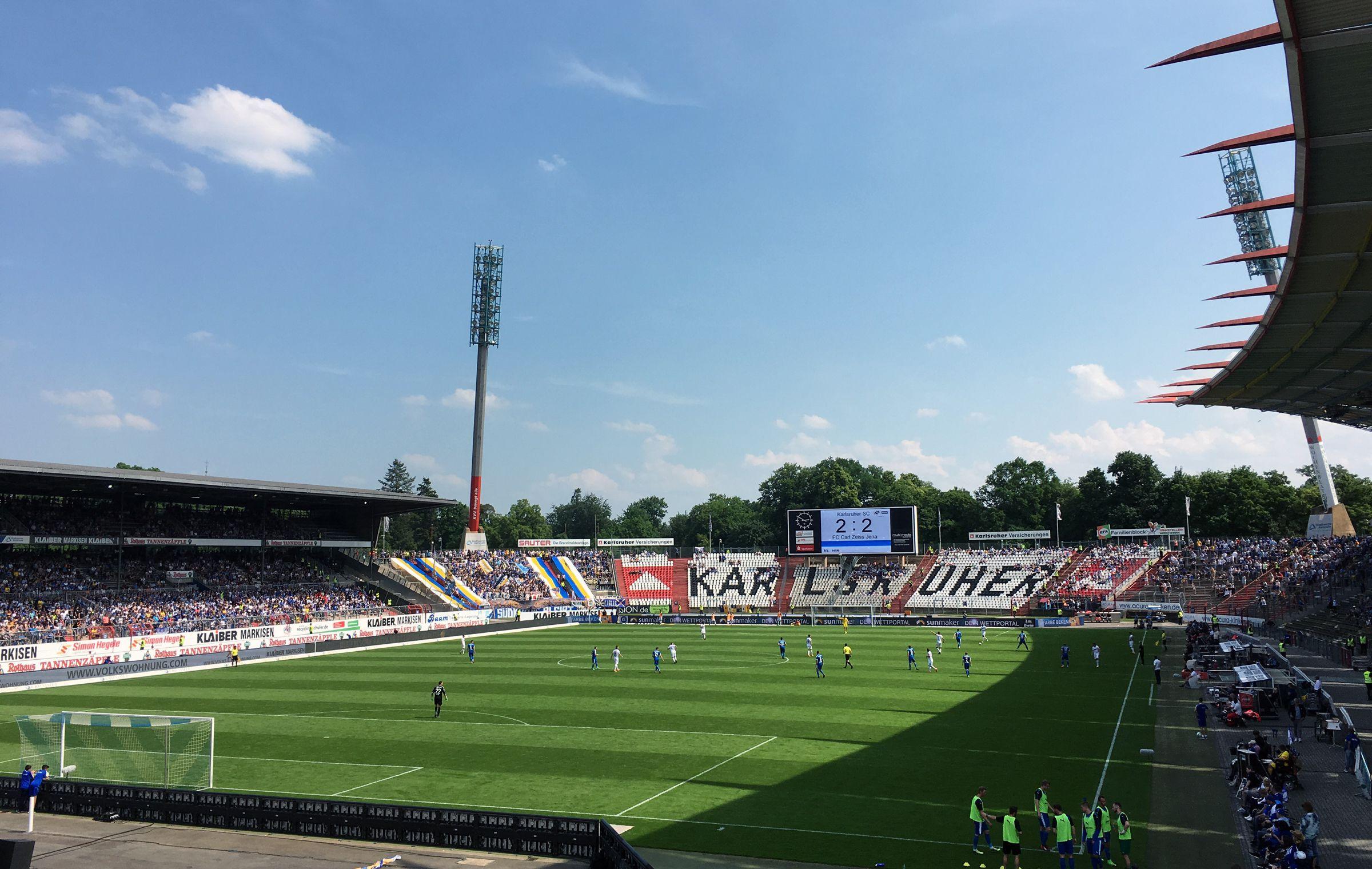 KSC vs FC Carl Zeiss Jena 2:3 (vom Endstand existiert kein Foto, da war ich schon weg…)