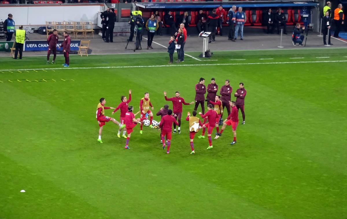 der ballreiter - Epische Europapokalschlacht: Bayer 04 Leverkusen vs Atlético de Madrid 2:4 - 21 ...