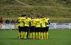 The Huddle beim 1. SV…
