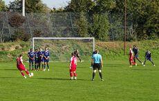 Tobias Friedels Freistoß zum 0:2…