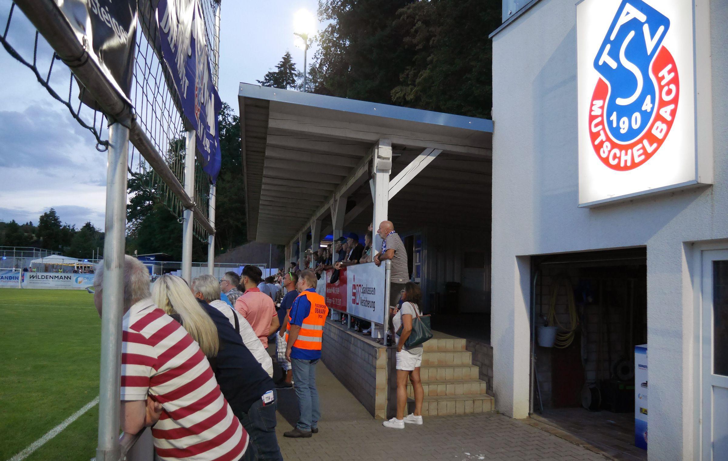 Mehr als 400 Zusehende zum Verbandsligauftakt…