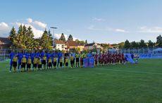 Antreten mit dem Verbandsliga-Logo…