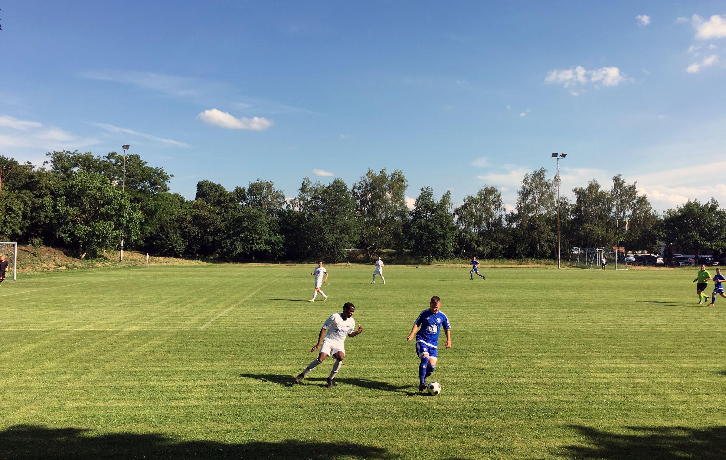 Parallelspiel DJK Mühlburg vs FV Leopoldshafen 1:0 – das reichte nicht zum Aufstieg für Mühlburg