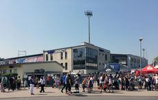 Hardtwaldstadion im Sonnenschein…