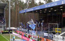 Die Karlsruher Fans waren verständlicherweise gut gelaunt…