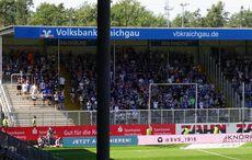 Karlsruher Gästeblock und eine Dachkonstruktionsstabilisierungssäule!