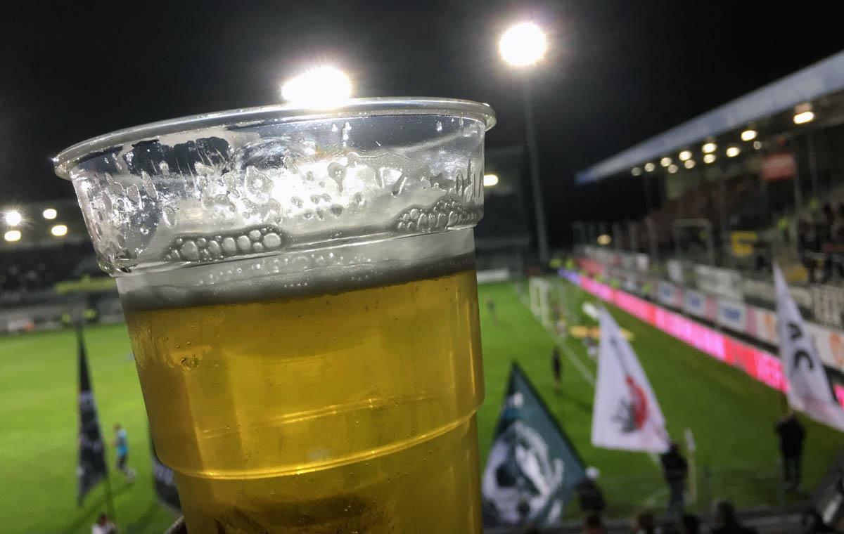Prost Stadionbier! Hoepfner aus Karlsruhe…