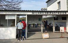 Alle ins Michaelsbergstadion!