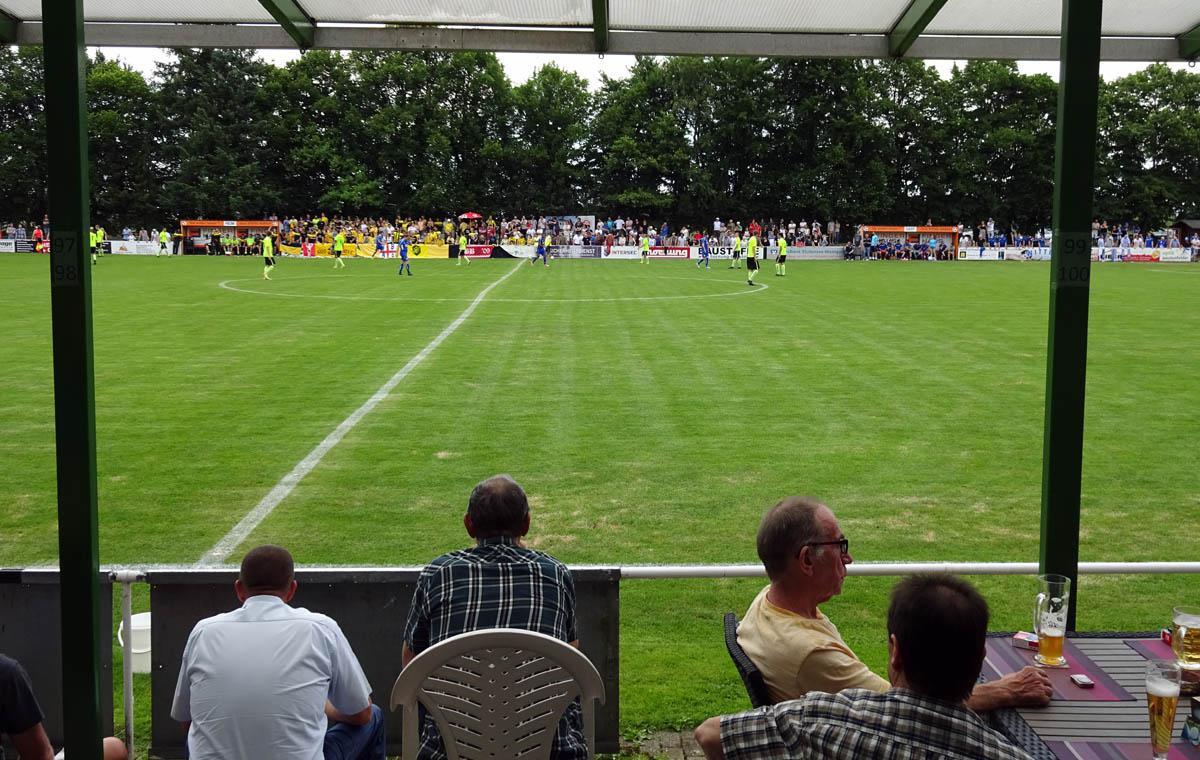 Fußball schauen im Schnitzelparadies