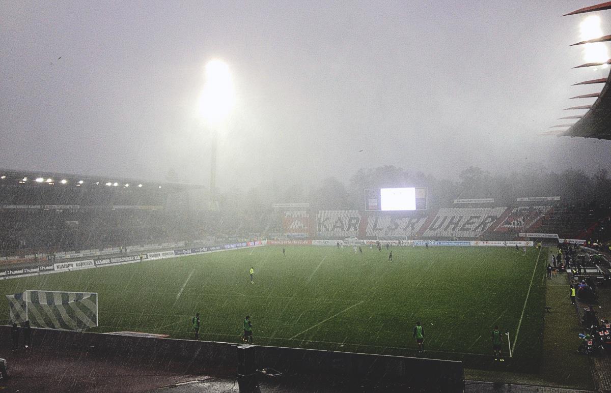 Regen im Wildparkstadion